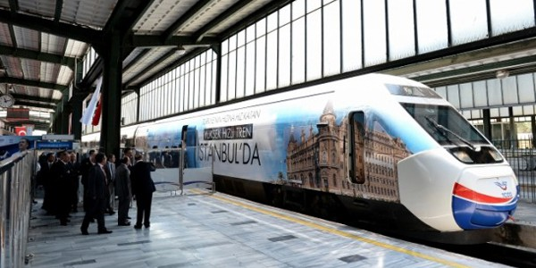 139 - Yüksek Hızlı Tren İstanbul'da. Foto: TCDD