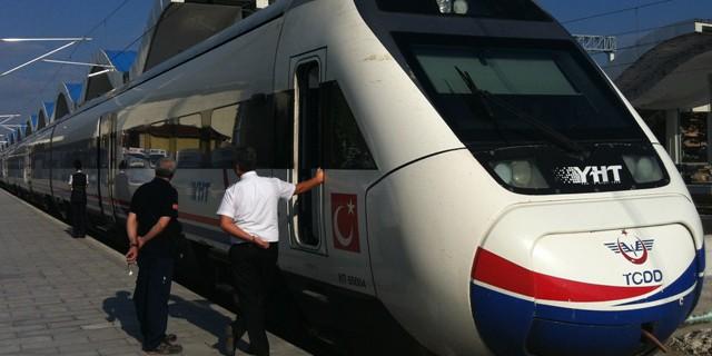 Türkiye'nin Yüksek Hızlı Tren Seti. Foto: Rail Turkey
