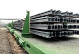 ArcelorMittal tarafından üretilen 120 metre raylar. Foto: Adam Pejcha ©