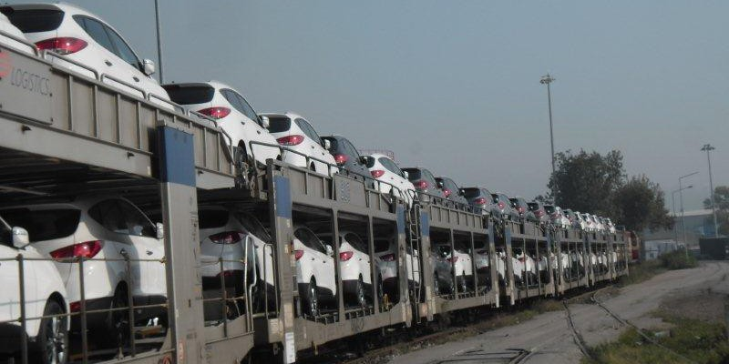 170 - Hyundai Otomobil Treni