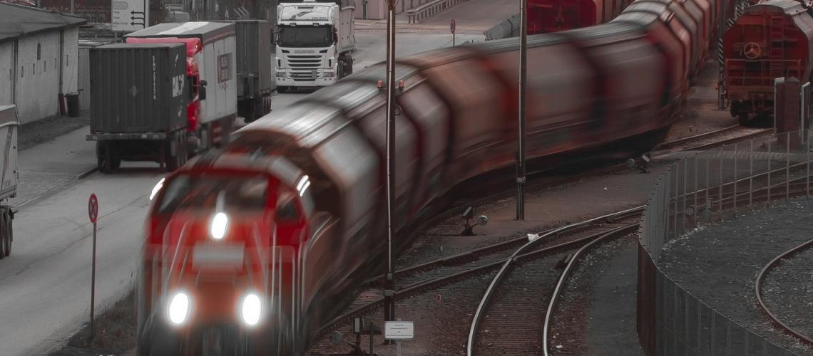 220 - Train - Hoo_Nose_68