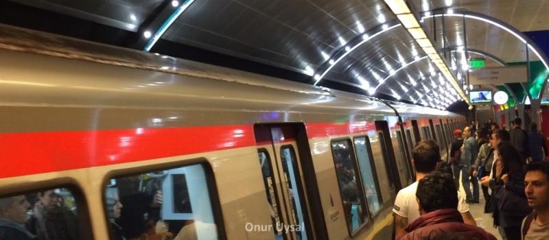 262 - Rumeli Hisarüstü Metrosu - Onur