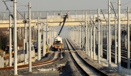 Demiryolları Yenileniyor ve Genişliyor