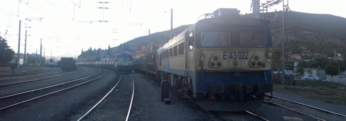 764 - Iron ore trains - Jeff