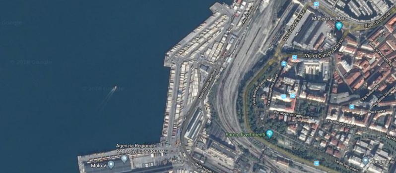 823 - Trieste Port