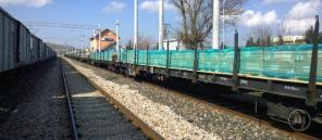 879 - freight train - Jeff