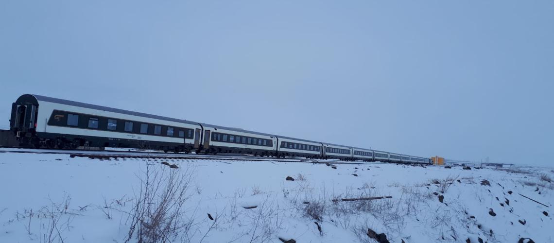 Bakü treni kışa kaldı